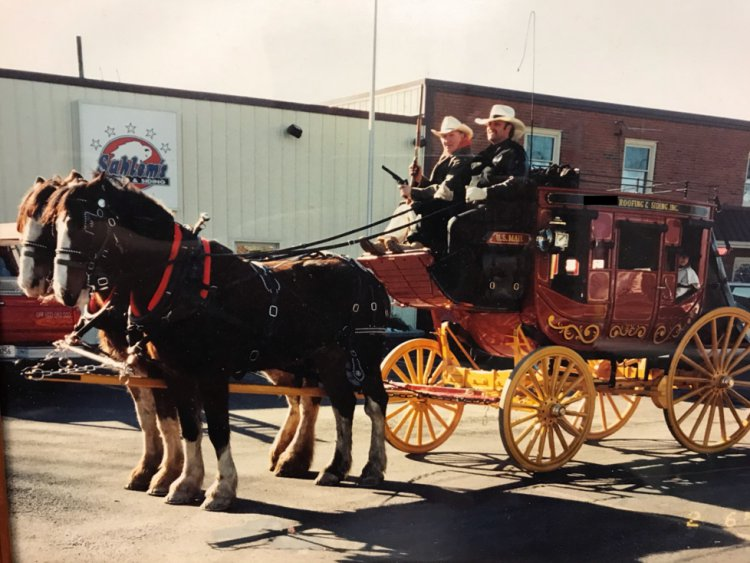 Western-Style Concord Mail Stagecoach