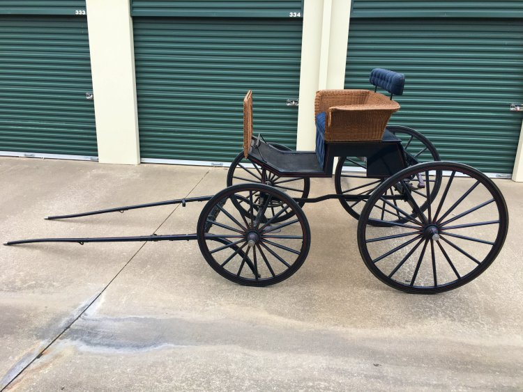 Basket Wicker Phaeton Carriage